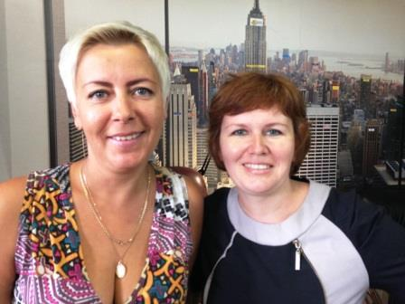 Золоторёва Светлана Евгеньевна и наш риэлтор Екатерина Александровна Голошумова