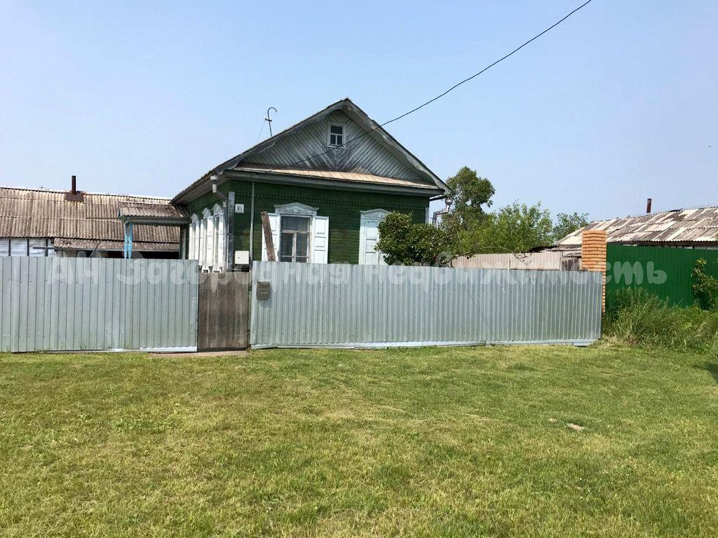 1593. Для ценителей загородной жизни — дом с земельным участком
