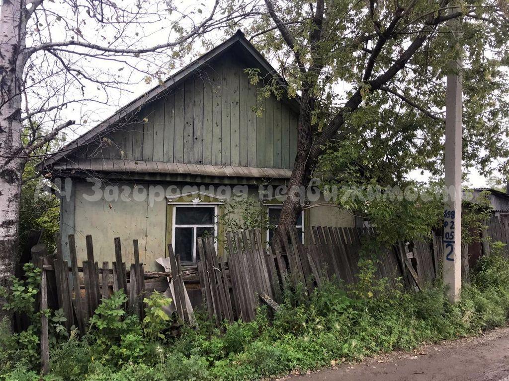 1639. Дом с земельным участком